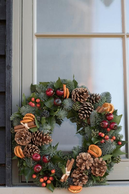 Christmas Door.Christmas Door Wreath 02 12 2019