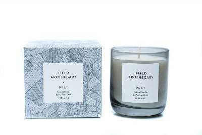 Field Apothecary Peat Candle