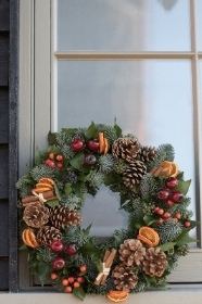 Christmas Door Wreath 03.12.2019