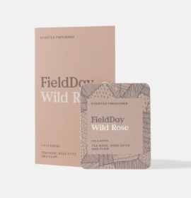 Field Day Wild Rose Scented Freshener (Tea Rose, Rose Otto & Plum)